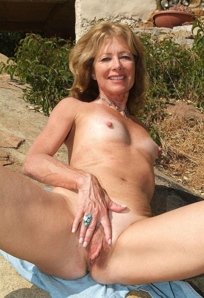 grannys shaved pussy only