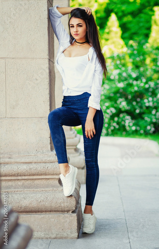 sexy tall women for jeans