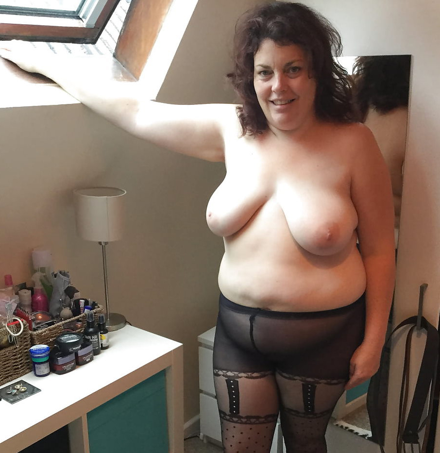mature gallery adult