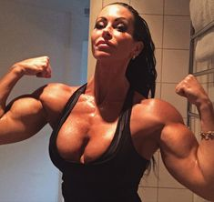 tits huge muscular